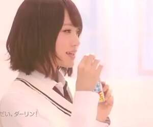 this is a gum commercial in japan