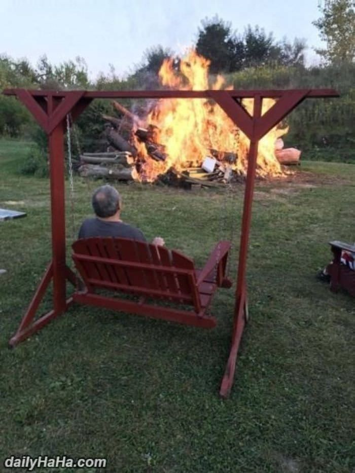 a little camp fire funny picture