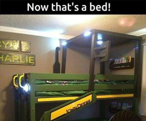 an amazing kids bed