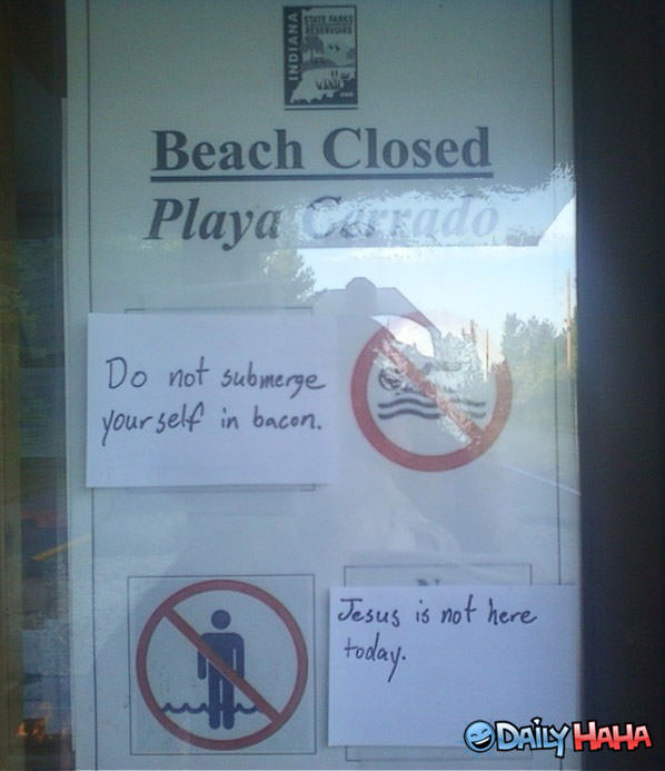Beach sign funny picture