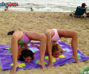 Beach Weirdos Funny Pictures