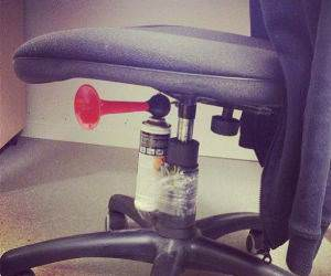 Office Prank funny picture
