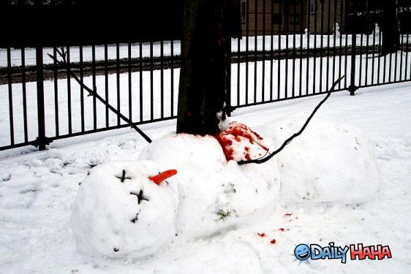 dead_snowman.jpg