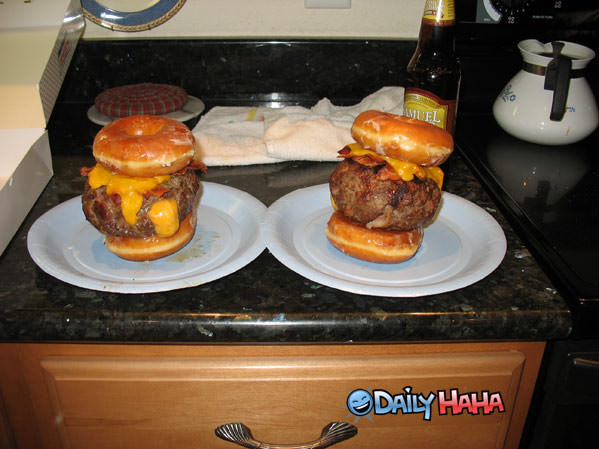 Donut Cheese Burger