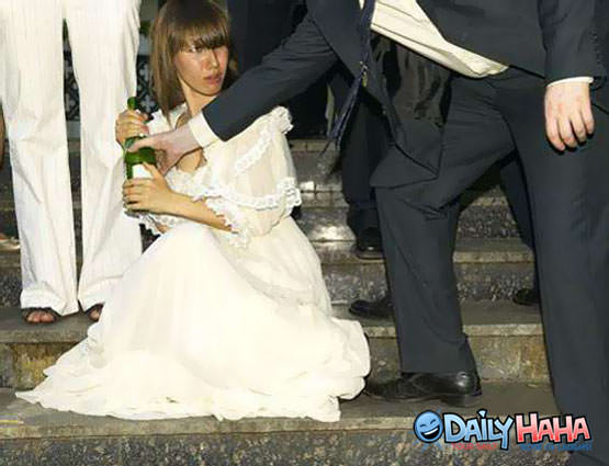 Drunk Bride Picture