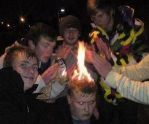 Keeping Warm funny picture