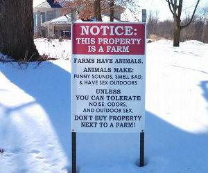 Farms Have Animals funny picture