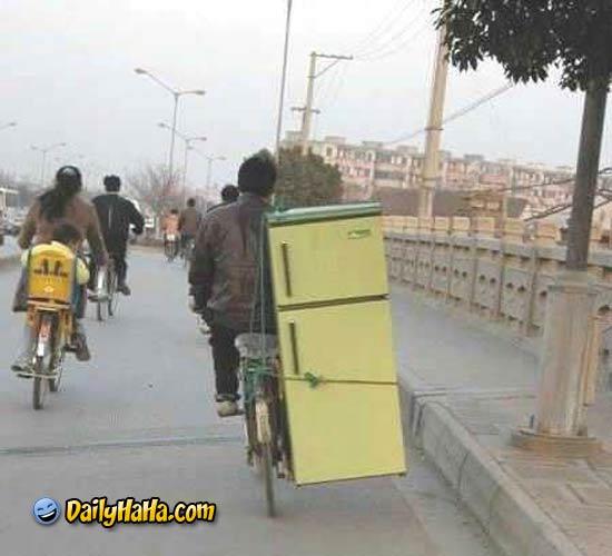 إسمح لي أخي عبد الواحد fridge_delivery.jpg