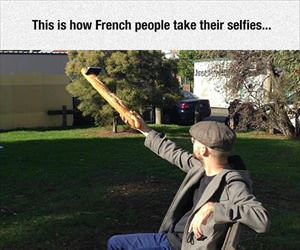 how french people take selfies