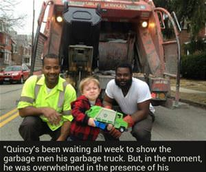 kid loves garbage funny picture