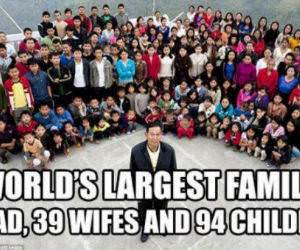 large family funny picture