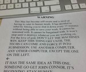 Mac Warning funny picture