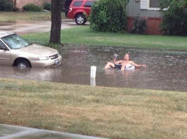 When Life Gives You Too Much Rain funny pic