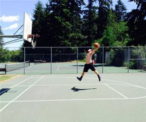 me trying to dunk funny picture