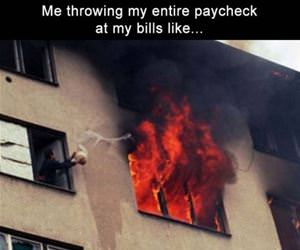 me trying to pay my bills funny picture