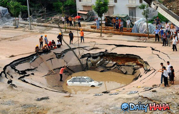 http://www.dailyhaha.com/_pics/monster_sink_hole.jpg