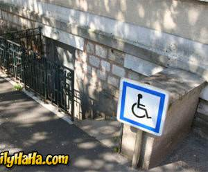 Handicap go down the stairs