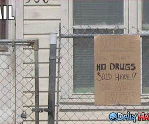No Drugs Here funny picture