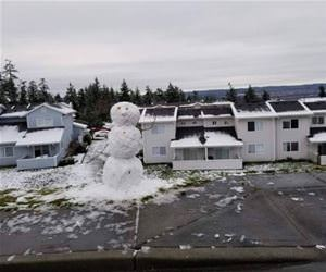 that is a nice snowman funny picture