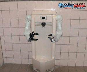 Urinal Helper
