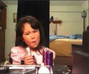 5 year old makeup artist Video