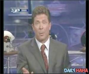 Dan Marino is a spaz Video