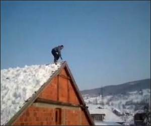 Cool Snow Roof Flip Video