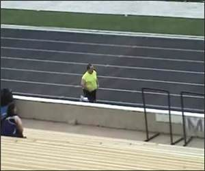 Fat Guy 100 Meters Funny Video