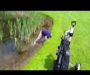 golfer loses his sand wedge
