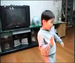 Korean BBoy Dancer Funny Video