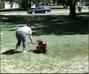 Lawnmower Spaz Lady Funny Video