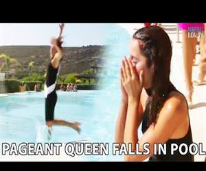 miss spain falls in the swimming pool Funny Video