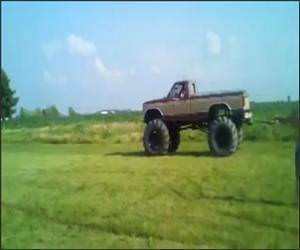 Funny Monster Truck Tug of War Video