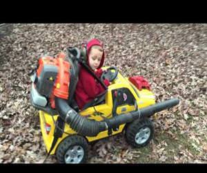 powerwheels leaf blower Funny Video