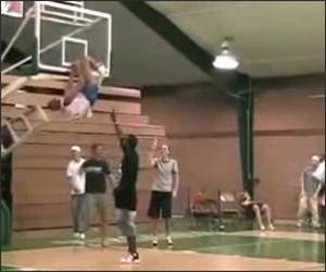 Super Slam dunk failer Funny Video