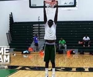tall highschool basketball player Video