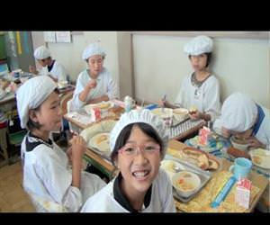 what school lunch is like in japan Funny Video