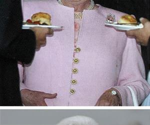 favorite pics of the queen funny picture