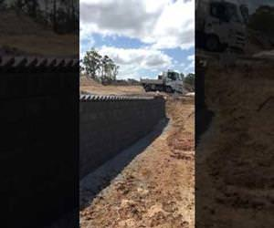 domino brick laying Funny Video